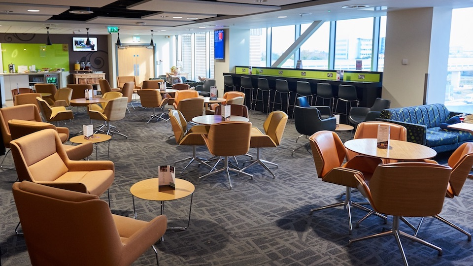 Manchester Airport Escape Lounges Slide 4